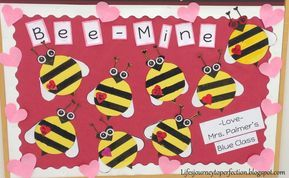 Fun Valentine's Day theme Bulletin Board: Bee-Mine #valentinesdaybulletinboardideas