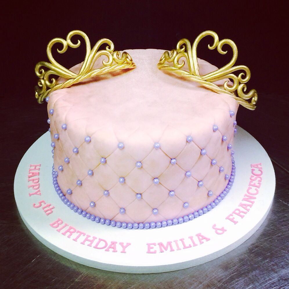 A Sweet Princess Cake For Pair Of Twin Sisters Two Tiaras Hand Made Out Sugar And Painted In Gold Citycakes Citycakesny