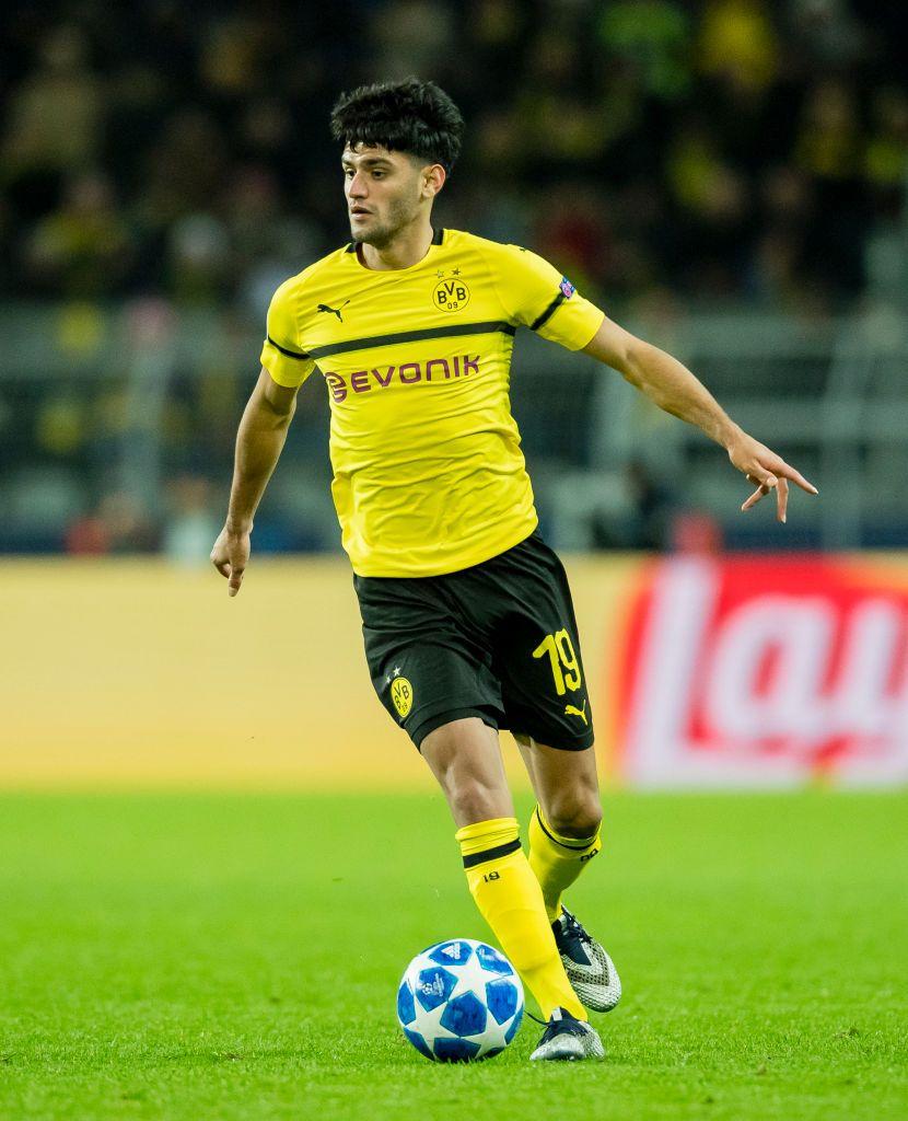 Dortmund Germany November 28 Mahmoud Dahoud Of Borussia Dortmund In Action During The Uefa Champions Leagu Dortmund Borussia Dortmund Uefa Champions League