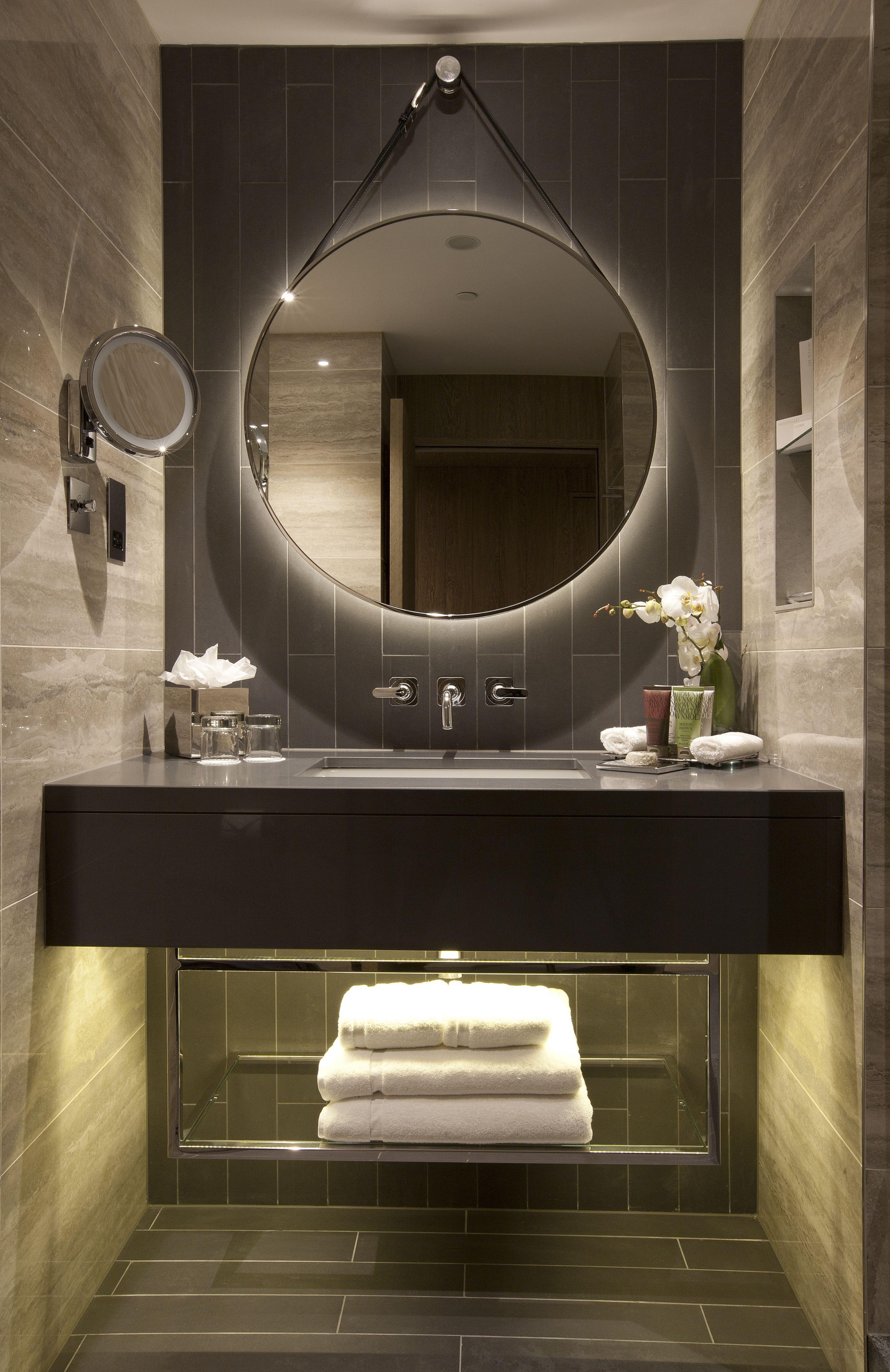 Hilton Bankside Uk Guestroom Bathroom