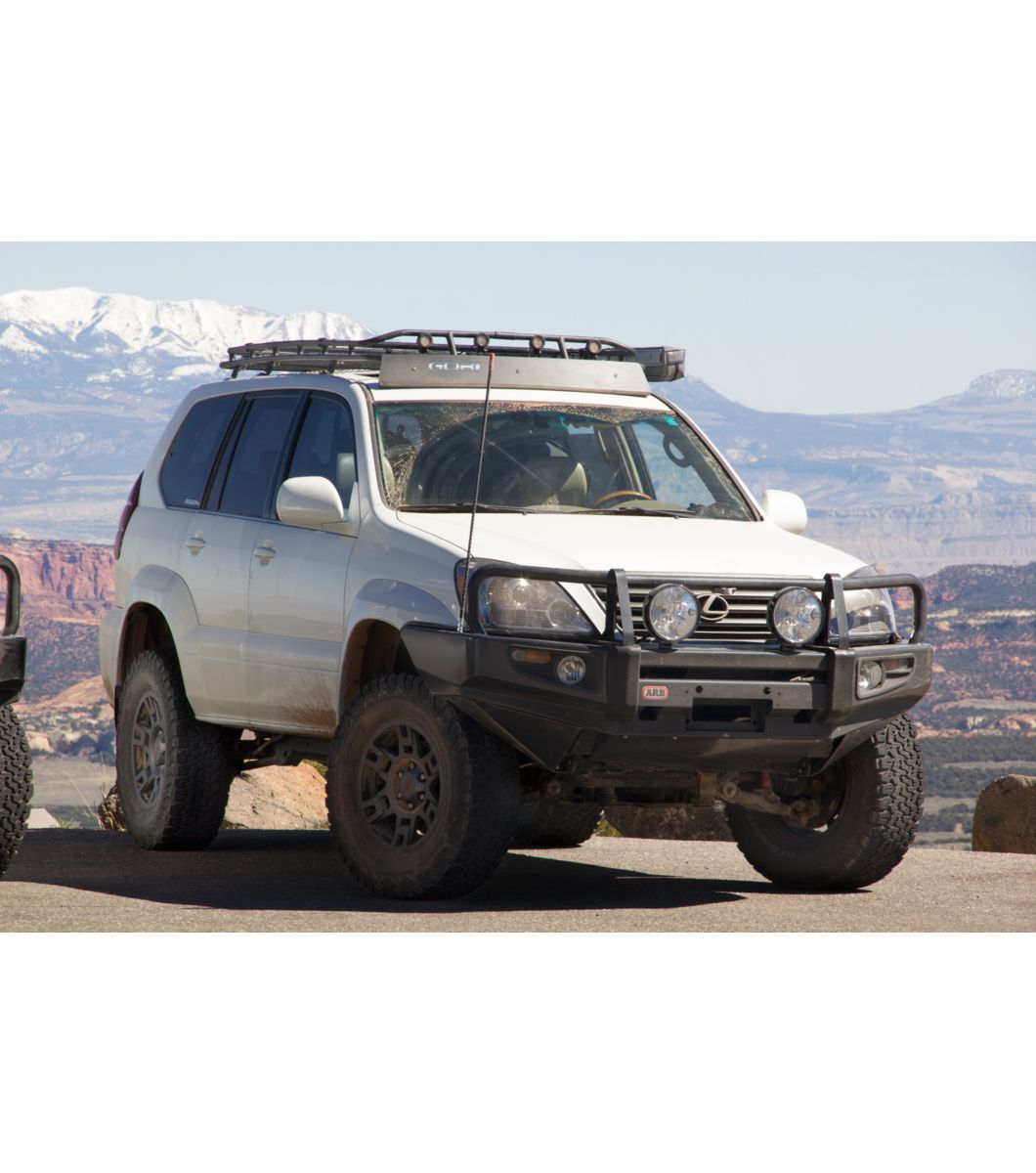 Gobi Lexus Gx470 Stealth Rack With Sunroof Multi Light Setup Lexus Gx470 Lexus Gx Lexus 470