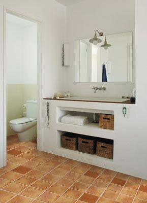 Ba os con muebles de obra e simple simple and bonito for Muebles de bano hechos de obra