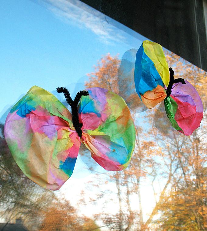 Schmetterlinge Basteln mit Kindern: Fliegen Sie auf den Flügeln der Phantasie - bastelideen - ZENIDEEN
