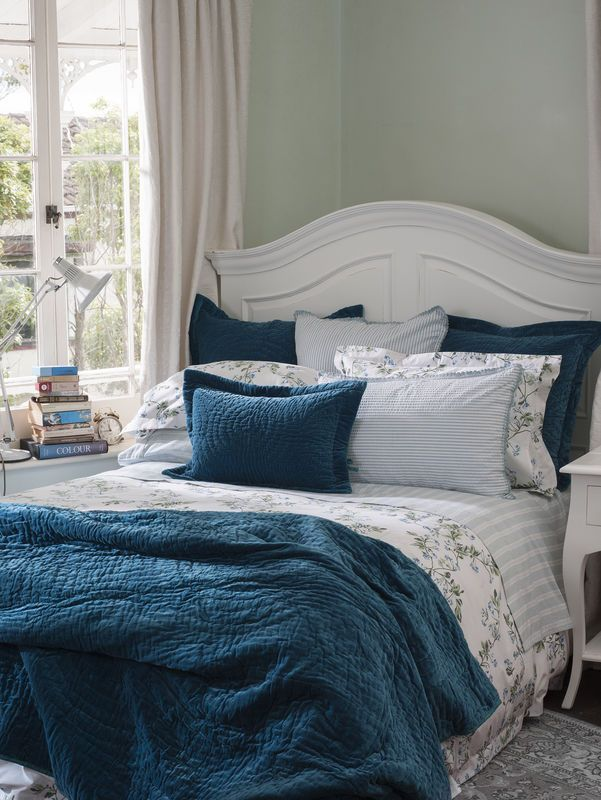 Blue And White Bedroom Wallace Cotton Cotton Bed Linen Bed
