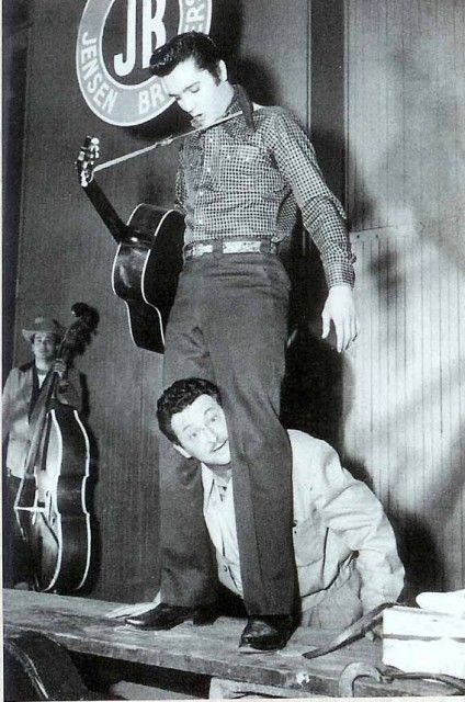 """Elvis candid - clowning around on the set of """"Loving You"""""""