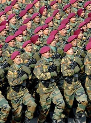 Indian Army Para Commandos On Parade Military Heroes Indian