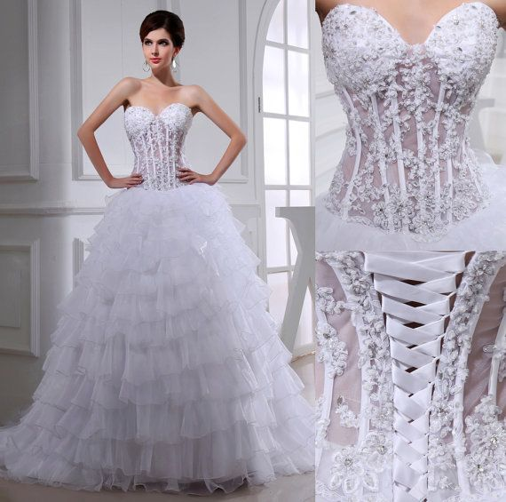 Paint It Rogue: 20 Non-traditional Wedding Dresses For The