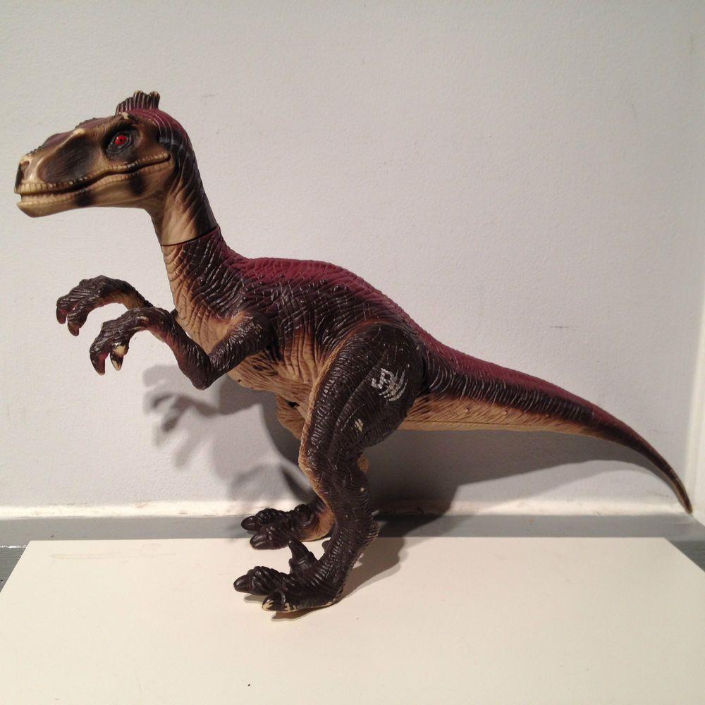Jurassic Park 3 Velociraptor Toy Vintage 2001 Ju...