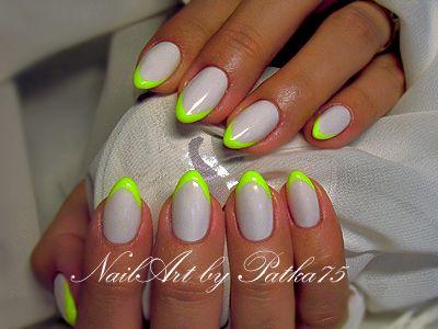 grey nails neon tips
