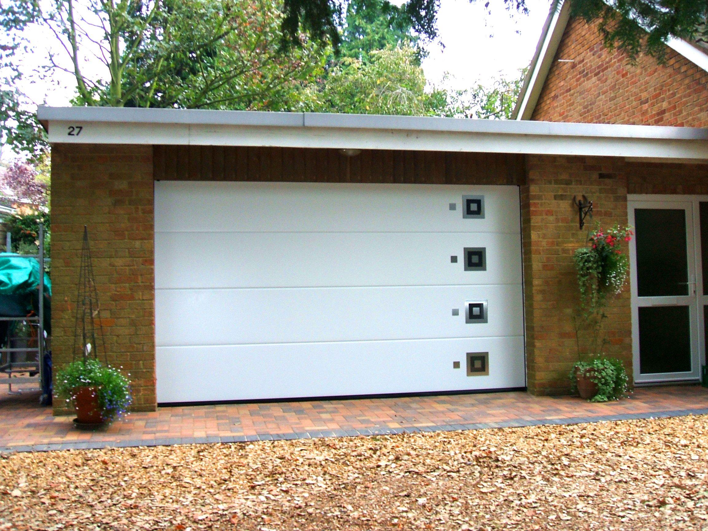 Sectional garage door - Hormann Sectional L Ribbed Bespoke Garage Door