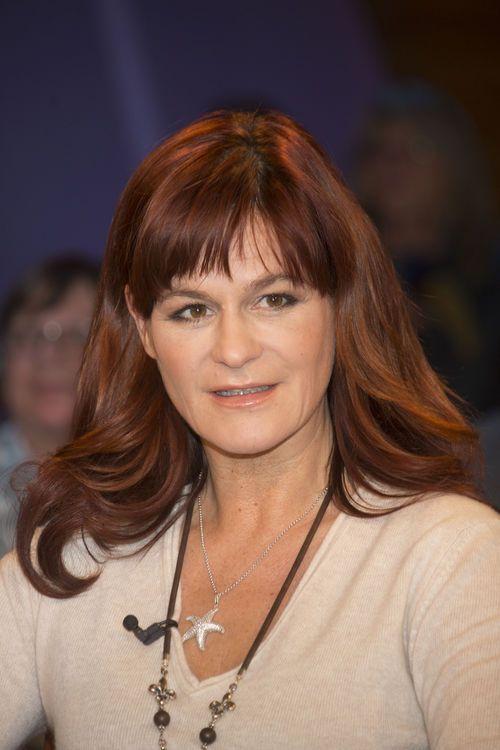 Neue Haarfarbe Ist Das Echt Andrea Berg Promiflash De Neue Haarfarben Frisur Pony Lang Haarfarben
