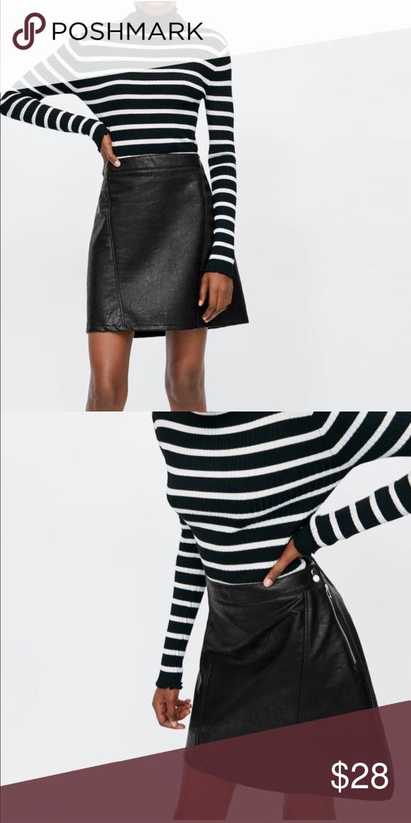 77910be1fc Zara faux leather mini skirt Zipper is missing two bottom teeth. Zipper  still zips up