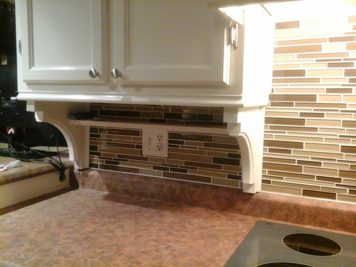 Kitchen Makeover - Part 4 - Updating the backsplash