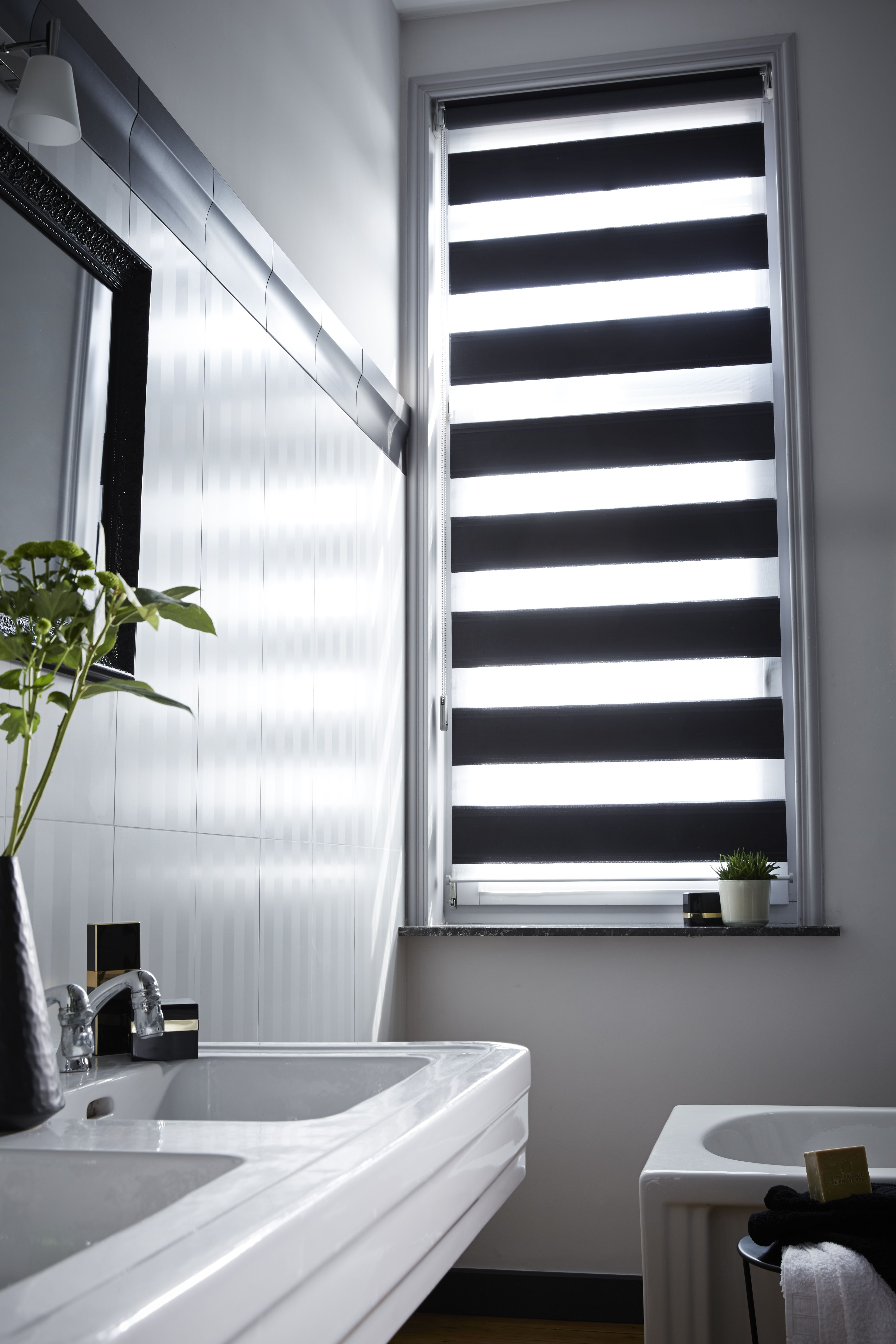 Window coverings for bathrooms - Chez Vous Window Blindsbathroom Window Coveringsbathroom