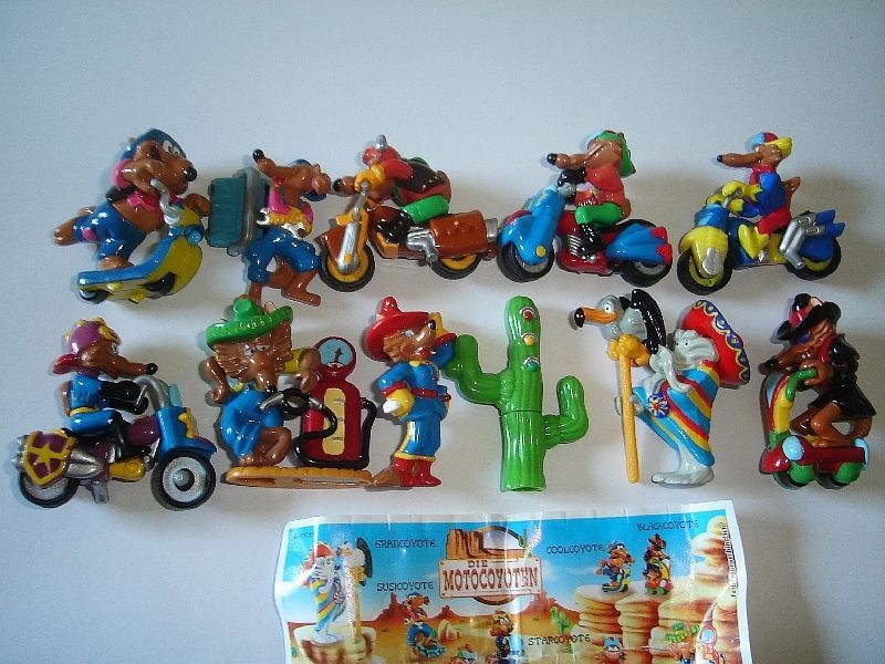 FIGURINES COLLECTIBLES ASTERIX /& THE ROMANS 2000 KINDER SURPRISE FIGURES SET