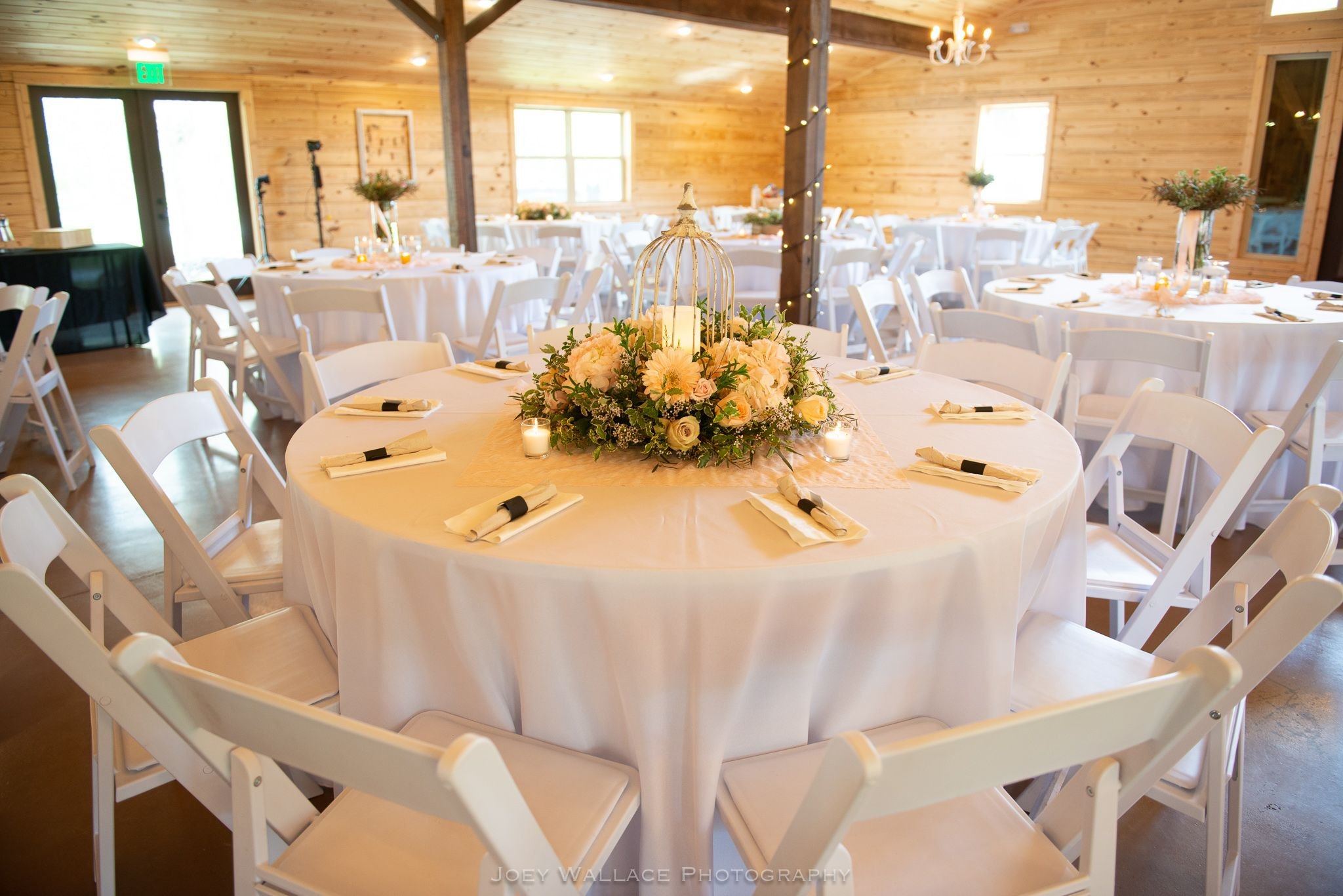 Joey Wallace Photography #Wedding #Weddings #Flowers #Florals #Bouquets #Bouquet #