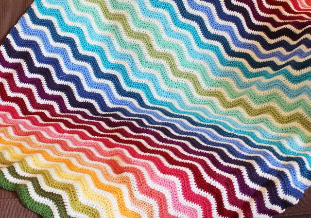 "Rainbow Ripple Afghan - link to a great tutorial, though the blanket is pretty simple to work up and the pinner says that after the first couple of rows it's ""almost impossible"" to make a mistake."