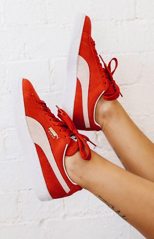 red classic pumas