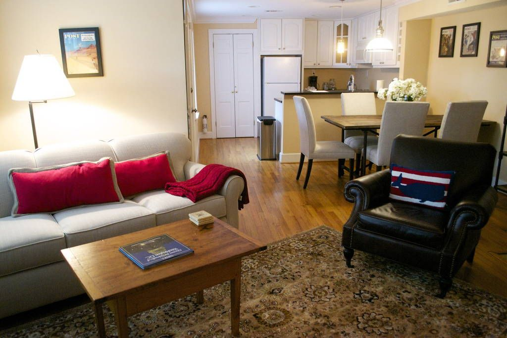 Apartment In Washington United States The English Basement Garden Style Two Bedroom Apartment Ac Two Bedroom Apartments Apartments For Rent Bedroom Apartment