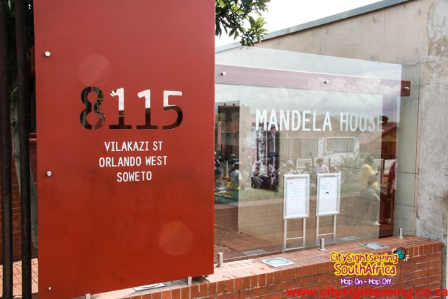 Mandela House Museum  http://citysightseeing-blog.co.za/2014/10/24/top-10-things-to-do-in-the-city-of-gold-johannesburg/