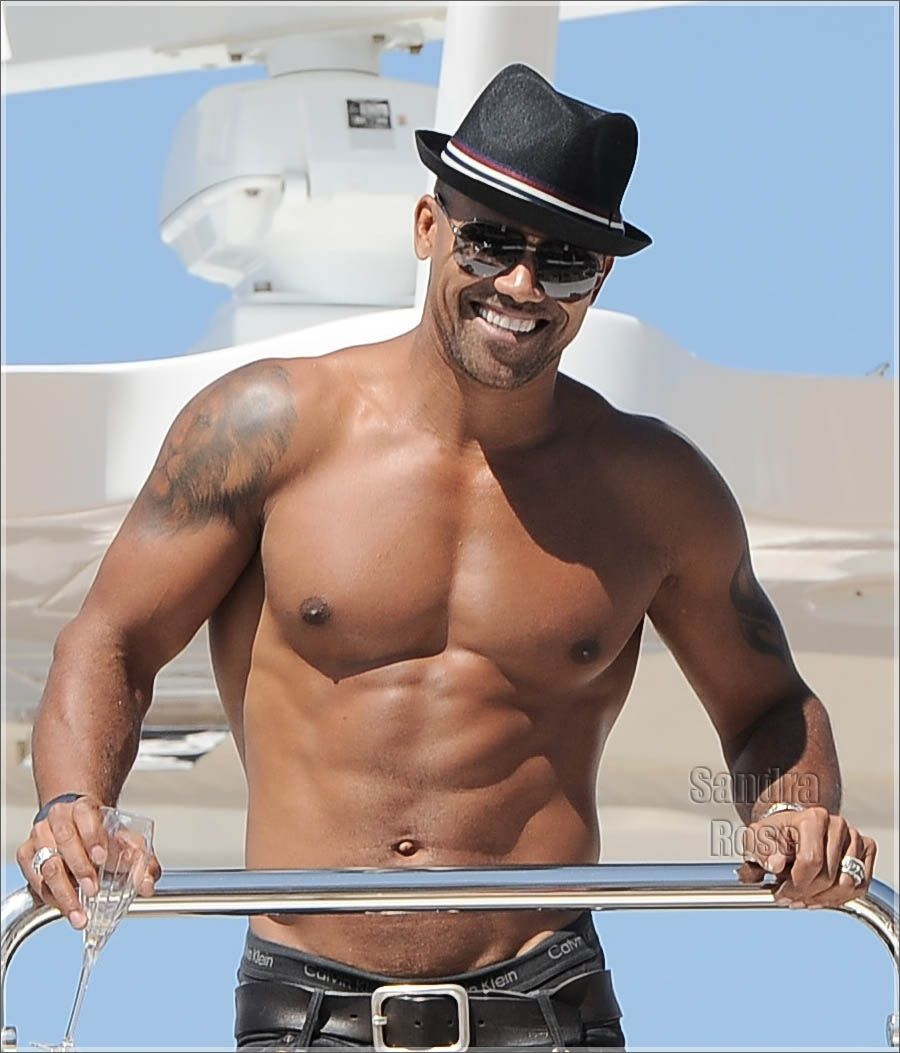 Sexy shemar moore criminal minds cutie its raining men sexy shemar moore criminal minds cutie kristyandbryce Image collections