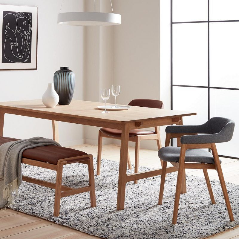 Kitchenette Tables And Chairs: Scandi-style Oak Dining Table With Upholstered Chairs And