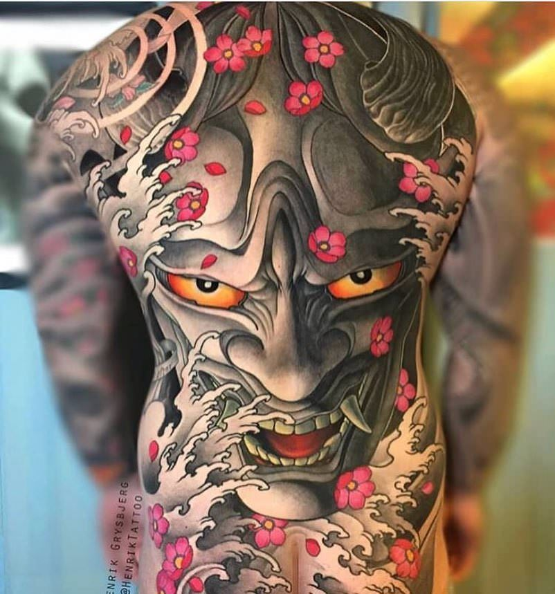 Back tattoo by Henrik Grysbjerg (With images) Asian