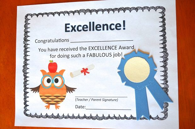 These darling, free, printable certificates are fun to decorate with - printable math awards