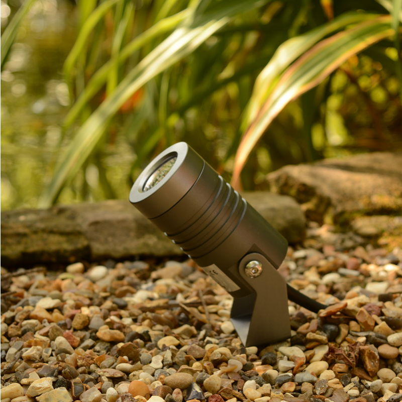 Elipta Spike5 Garden Spotlight Garden Spotlights Lighting Concepts Traditional Garden