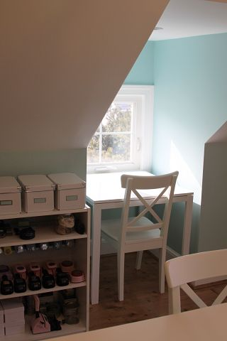 Creative Homework Area Using A Small Dormer Space In A