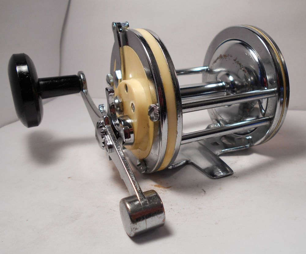Vintage garcia mitchell 624 saltwater conventional fishing for Vintage fishing reels