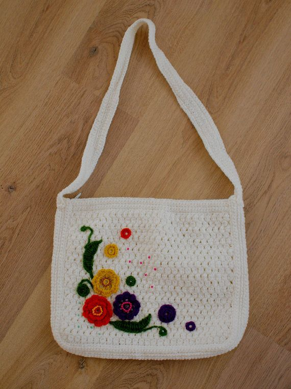 Knitted vintage messenger bag by Foxtrade on Etsy