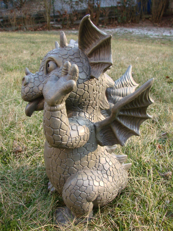 Gartendrache schneidet Grimassen Drache Figur Gargoyle Figur