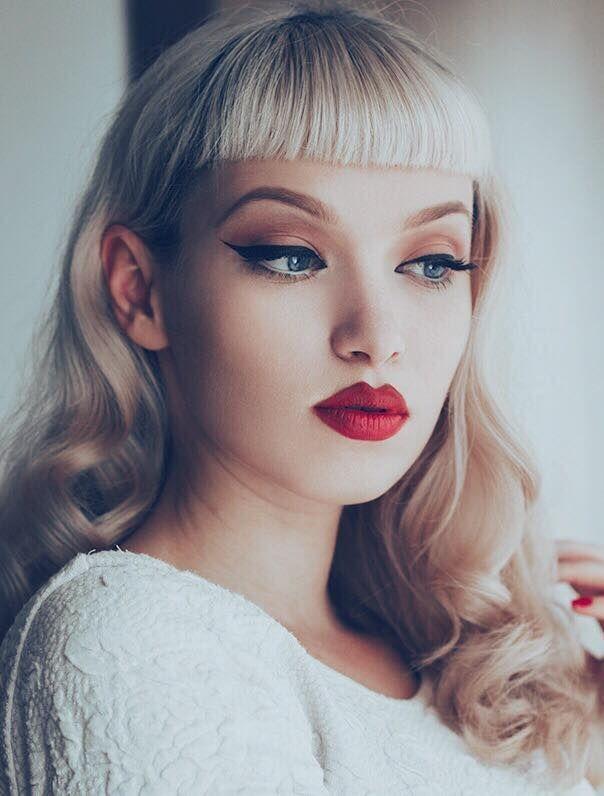 Frange Tendances Coiffures Coiffure Maquillage Retro