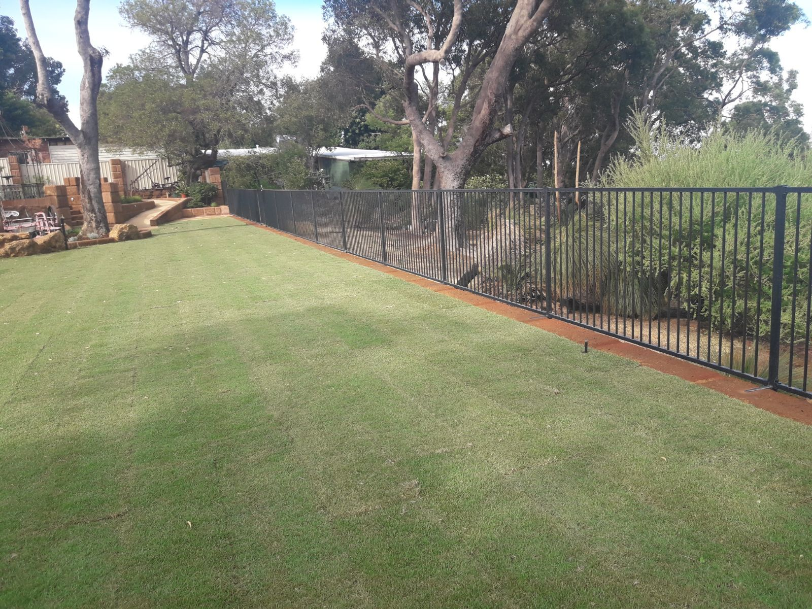 Glass Pool Fencing Perth Wa Frameless Glass Aluminum Pool Fence In 2020 Glass Pool Aluminum Pool Fence Glass Pool Fencing