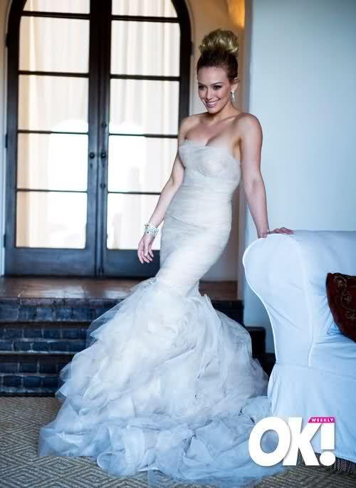 Hilary Duff Mike Comrie August 14 2010 Gown Vera Wang Location Santa Barbara Ca S Hilary Duff Wedding Dress Hillary Duff Wedding Used Wedding Dresses