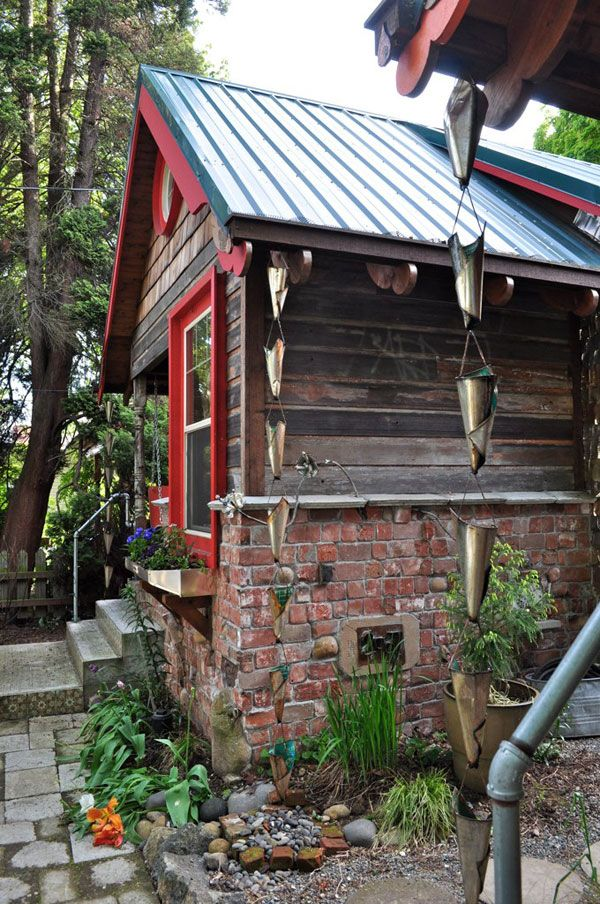 Portland Oregon Tiny Houses Made From Recycled Materials