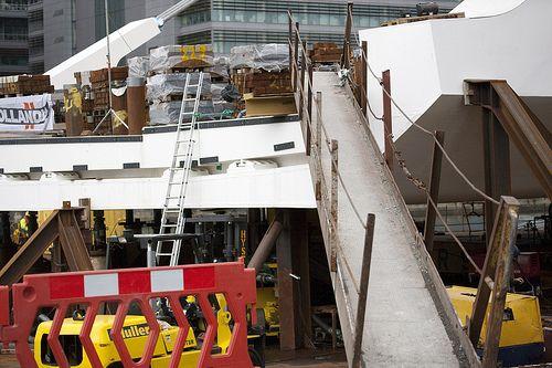 The €59 million Samuel Beckett bridge arrived on a barge [By Infomatique]