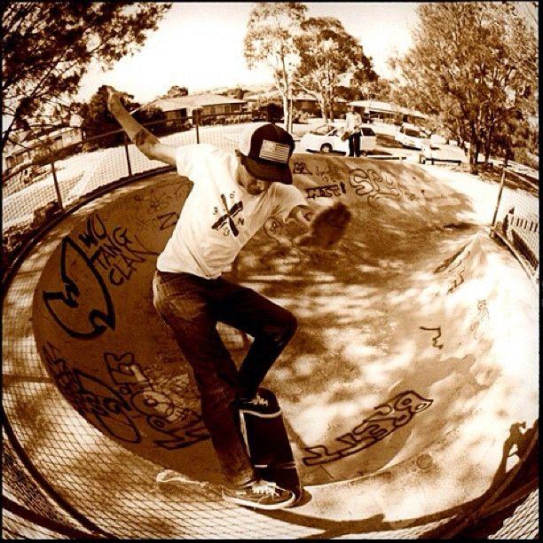 Jason Adams Frontside Tailslide. Australia. Yesteryear. Photo: @bigreel #staffcrops (via #spinpicks)