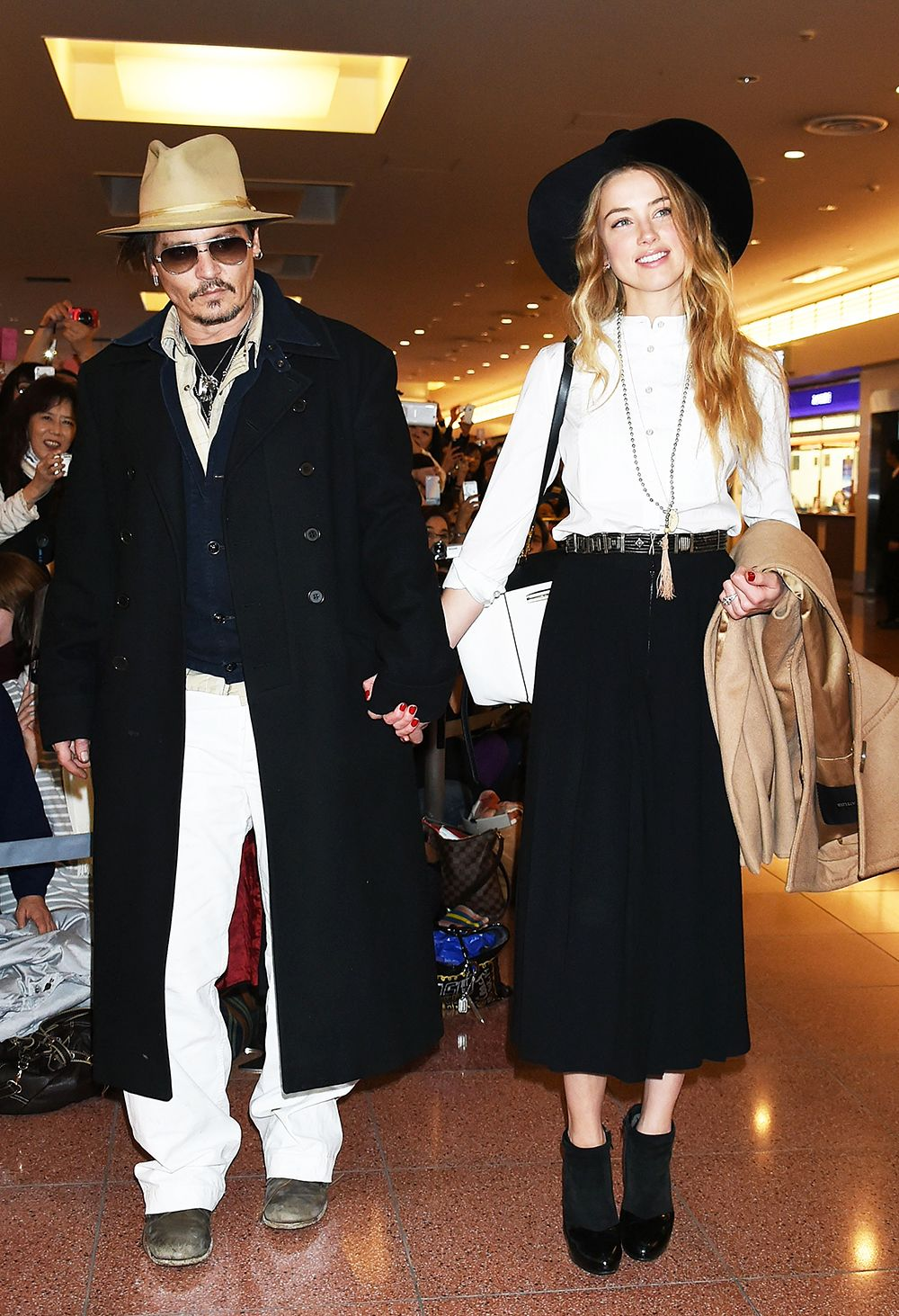 Johnny Depp And Amber Heard Got Married Amber Heard Style Johnny Depp And Amber Celebrity Street Style