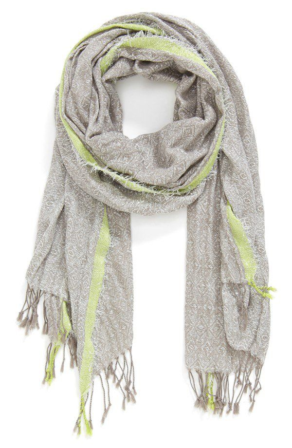 Pin for Later: 19 Pieces You Need to Master Minimalist Packing A Light Scarf