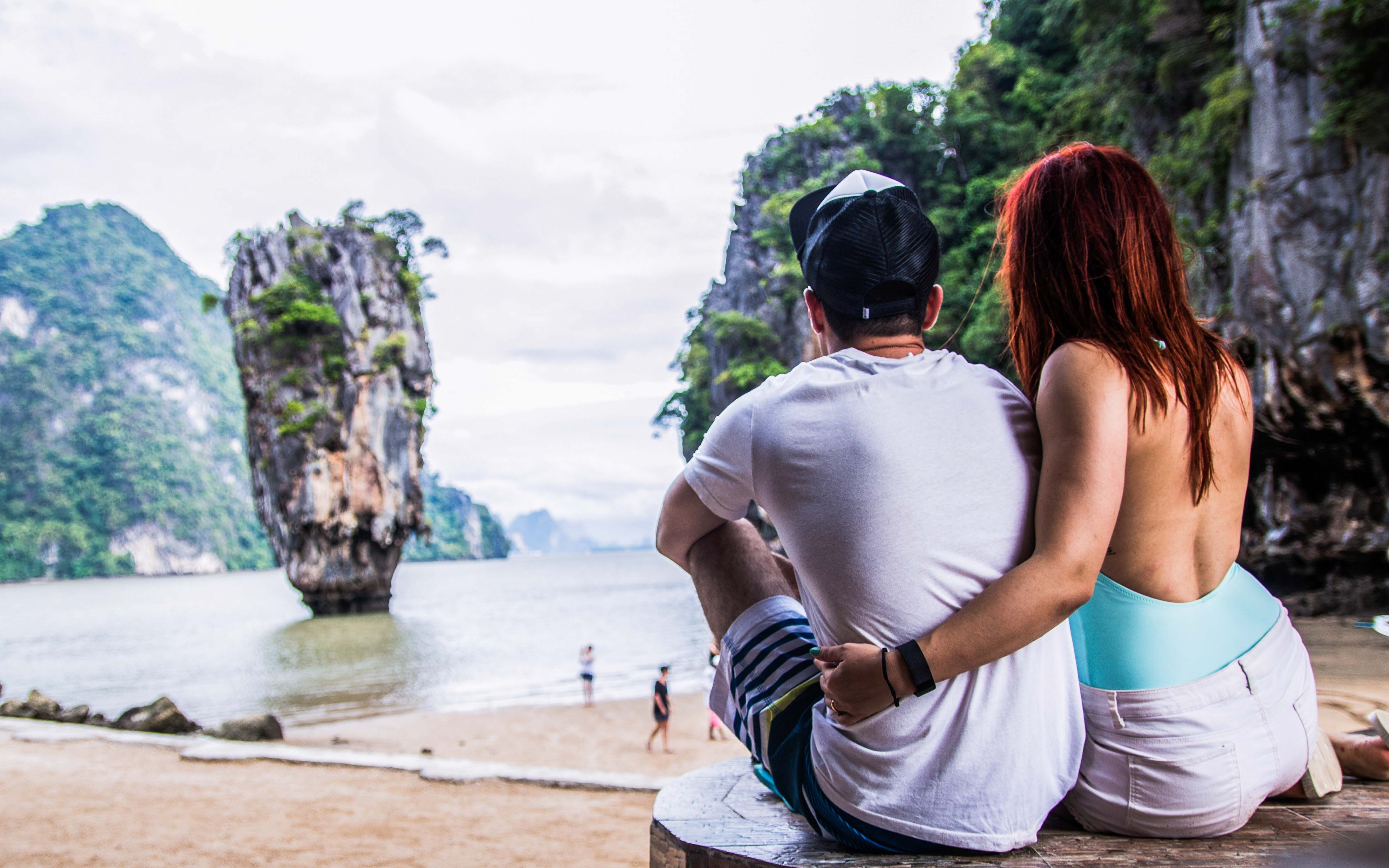 couple photography james bond island koh phing kan