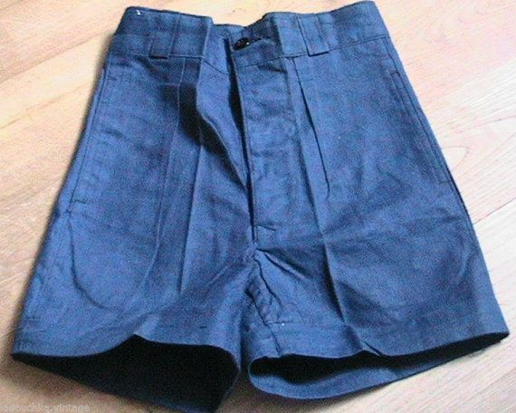 Reference Number : 0246   Period : Authentic Original Vintage : from the late 1930s   Style : Woman Short Shorts / Pin-Up style   Maker : From an old