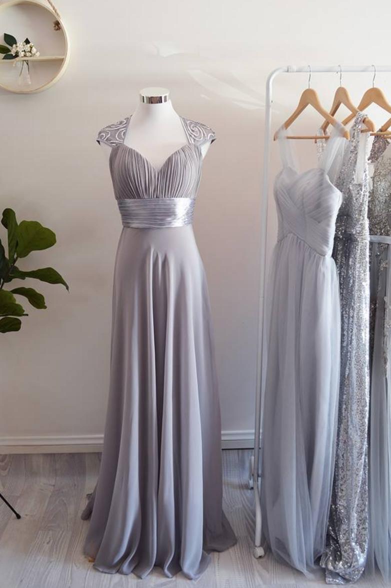 Grey Bridesmaid Dresses For A Winter Wedding Frosted Grey Silver Bride Silver Bridesmaid Dresses Silver Grey Bridesmaid Dresses Light Grey Bridesmaid Dresses