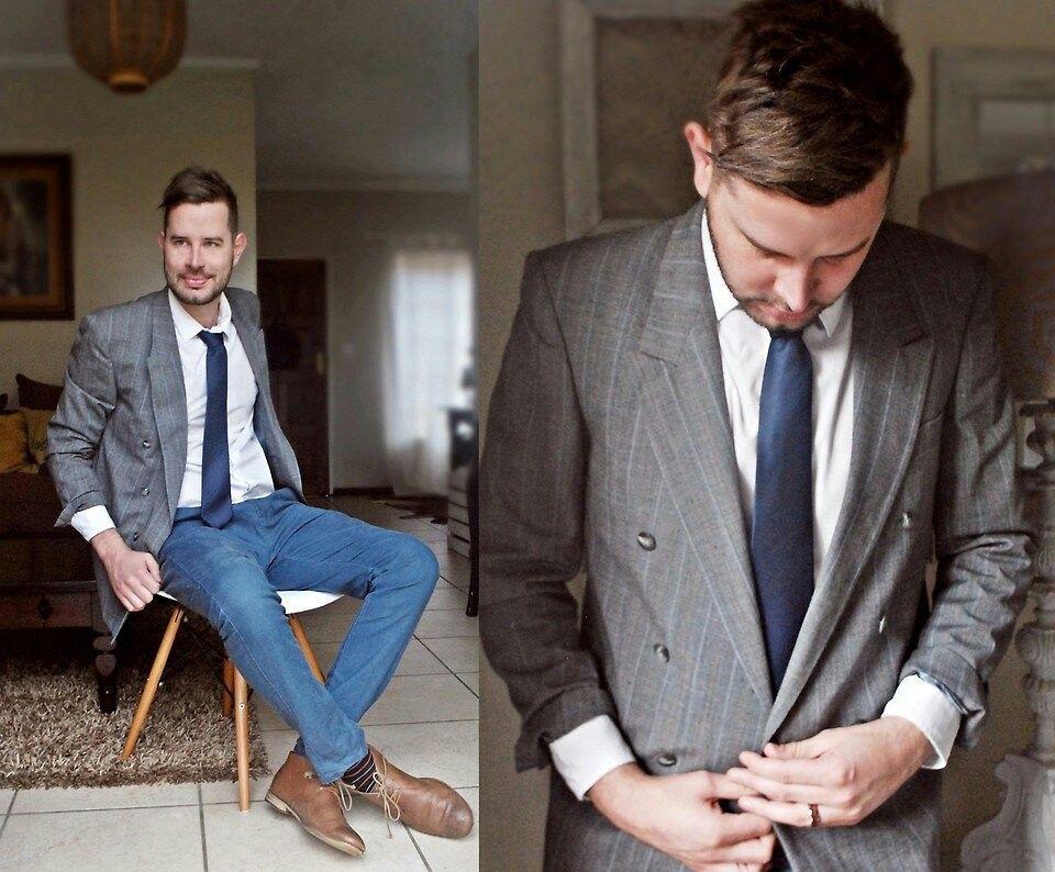 Thiart N. - Blue Tie Monday