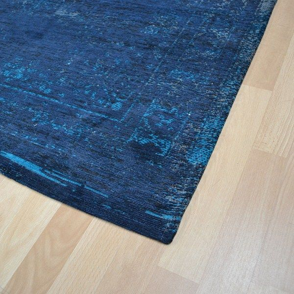 Louis De Poortere Fading World Rugs 8254 Blue Night Free Uk Delivery The Rug Seller Rugs Flat Weave Rug Fashion Room