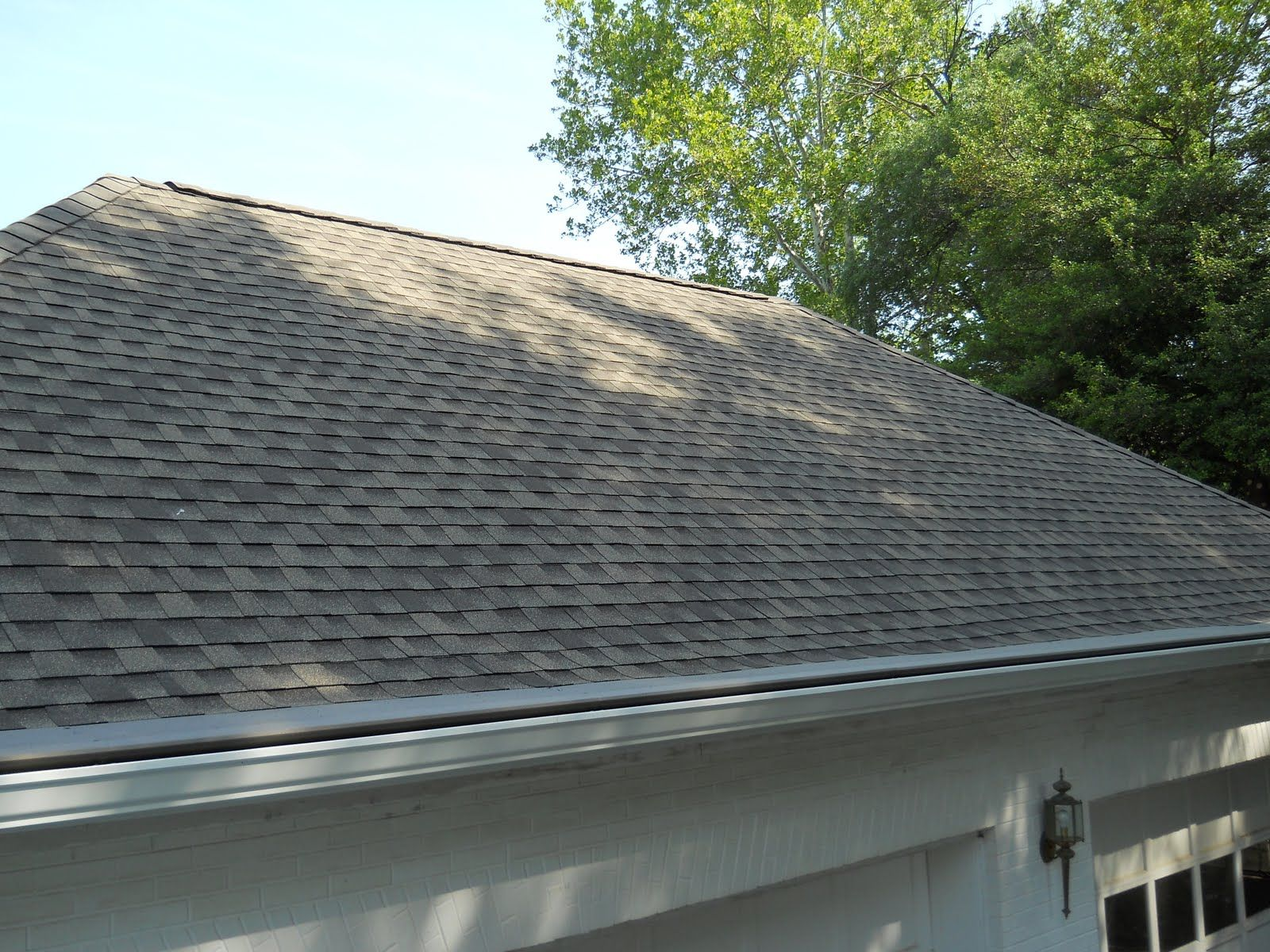 New Gaf Dimensional Style Roof Installed With Gutter