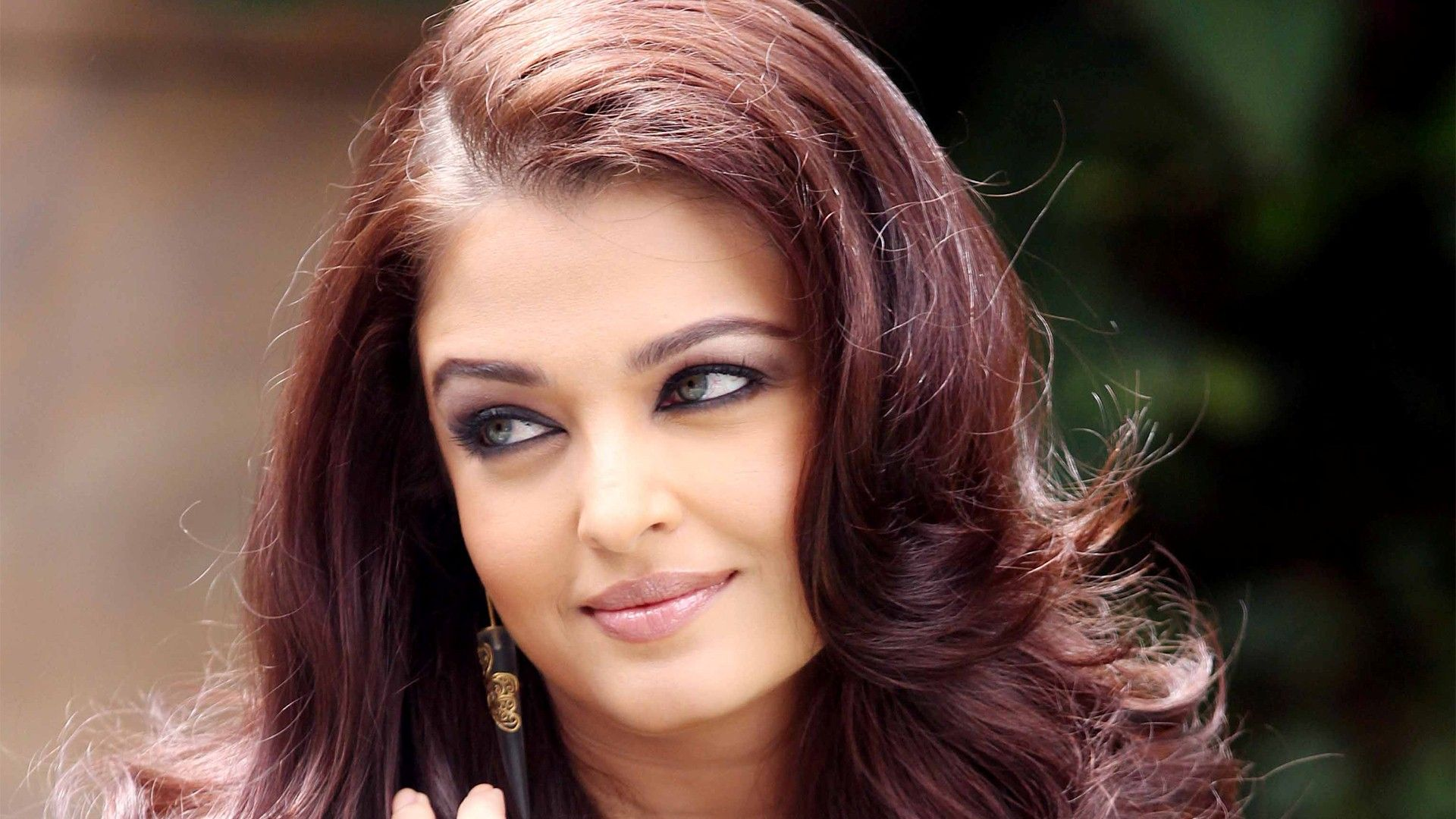 Aishwarya Rai Hd Wallpapers 9 Aishwarya Rai Wallpaper Aishwarya Rai Movies Celebrities Female