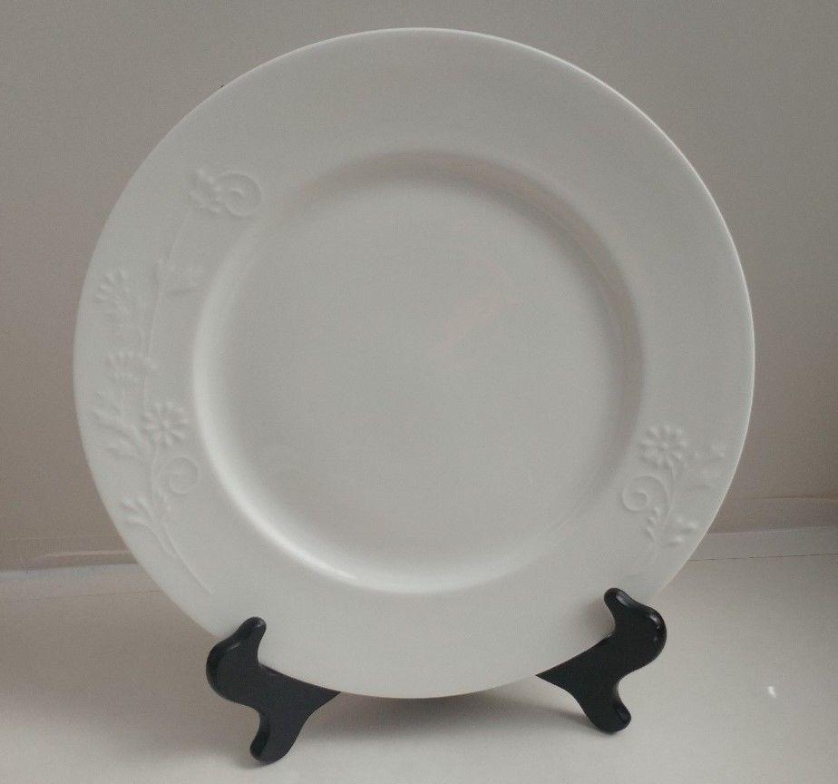 NEW Roscher Bone China Dinner Plate in \