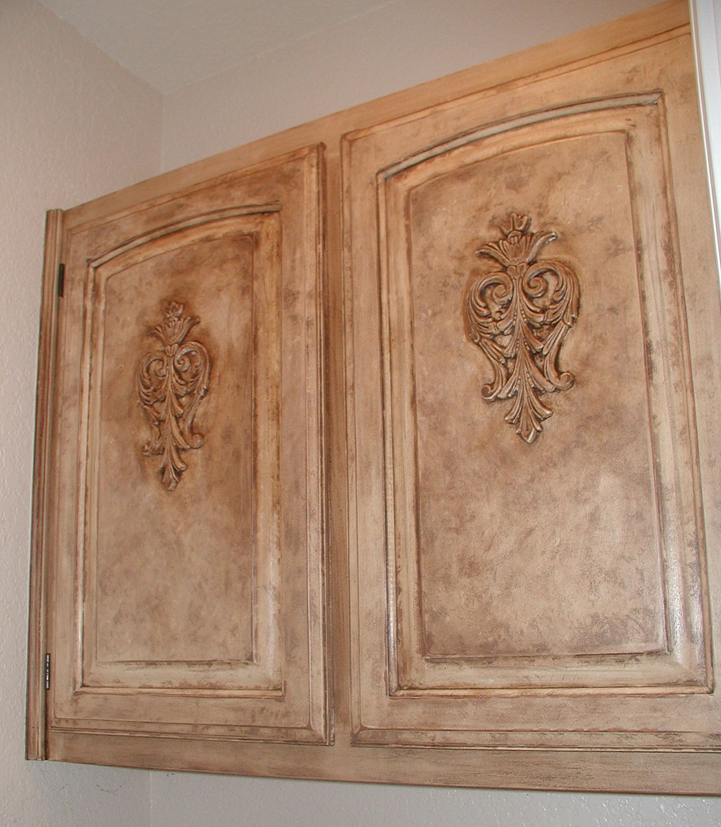 Project: Transforming Builder Grade Cabinets To Old World
